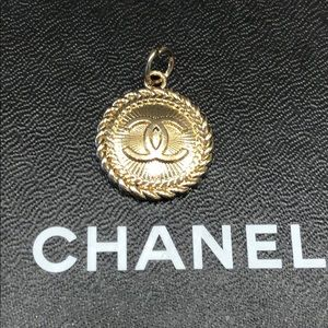 Authentic Chanel Zipper Pull - Soft Gold
